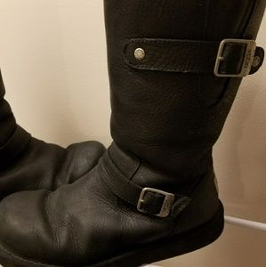 51b90b6c5d6 Ugg Leather motorcycle biker boots Size 8